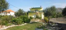 Seget Vranjica, snižena cijena, obiteljska kuća na prodaju sa pogledom na more!