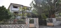 Trogir-Marina, prodaje se samostojeća obiteljska kuća!