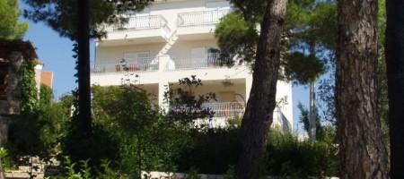 Otok Šolta, prodaje se predivna kuća sa pogledom na more!