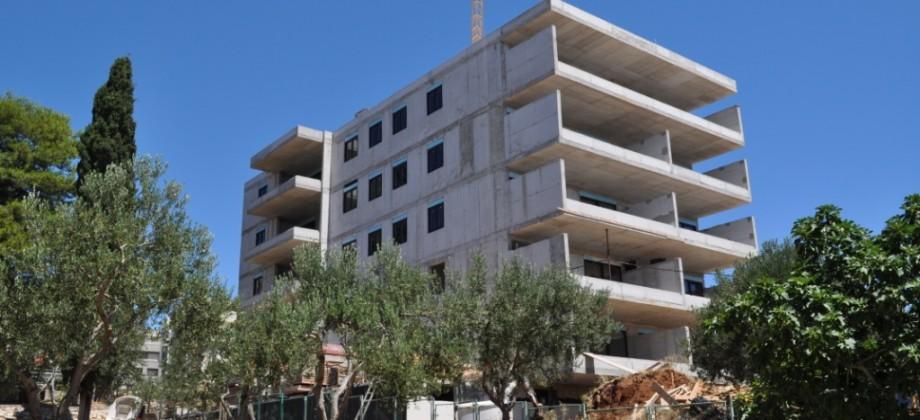 Apartmani u novogradnji uz prekrasnu šetnicu i plažu