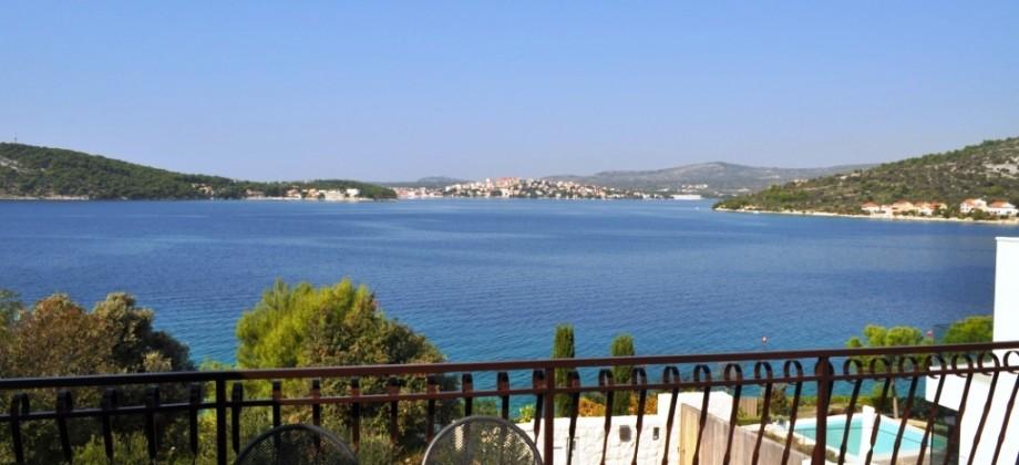 Rgoznica kuća na prodaju sa predivnim pogledom na more
