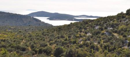 Građevinsko zemljšte 861 m2 sa pogledom na more